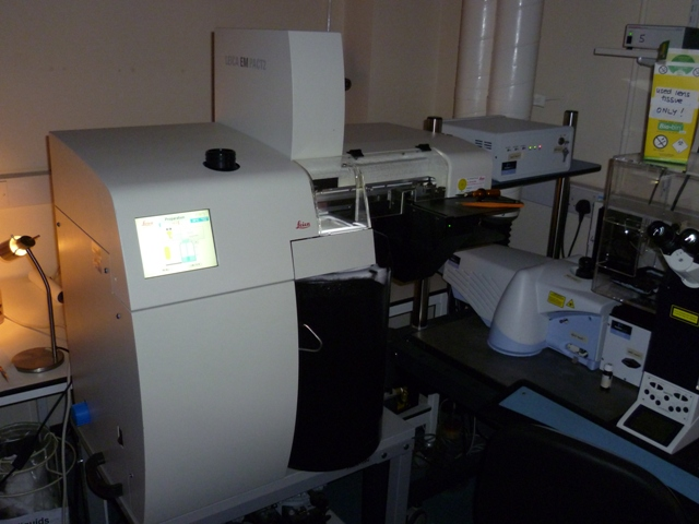Leica EM PACT2 + RTS (Rapid transfer system)