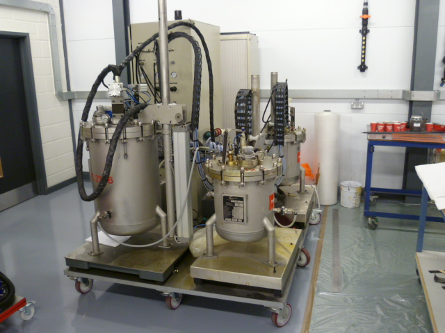 Isojet Pressure pot RTM machine